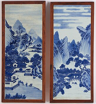 A pair of blue and white porcelain placquers, Qing dynasty, late 19th century.