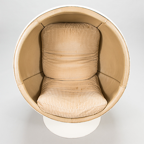 Eero aarnio, a 1960's 'ball chair' for asko international.