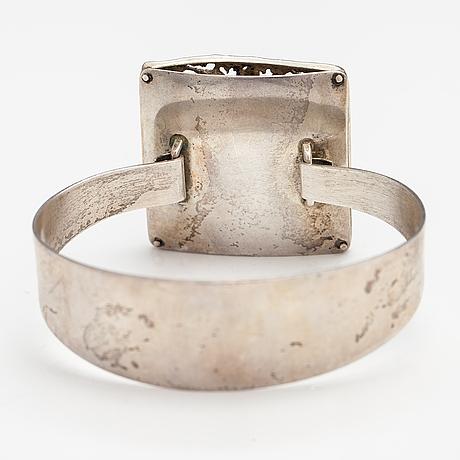 Åke lindström, a sterling silver bracelet. bengt hallberg guldsmeds ab, köping 1971.