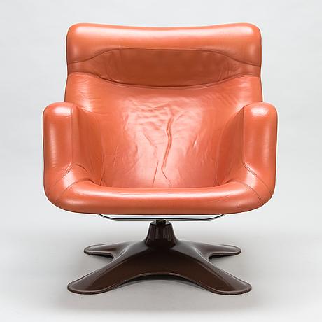 YrjÖ kukkapuro, a 1960's 'carousel' armchair for haimi finland.