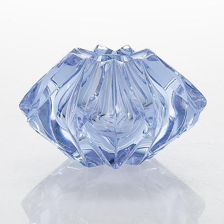 A tÄhti (star) glass vase, signed aimo okkolin riihimäen lasi oy.