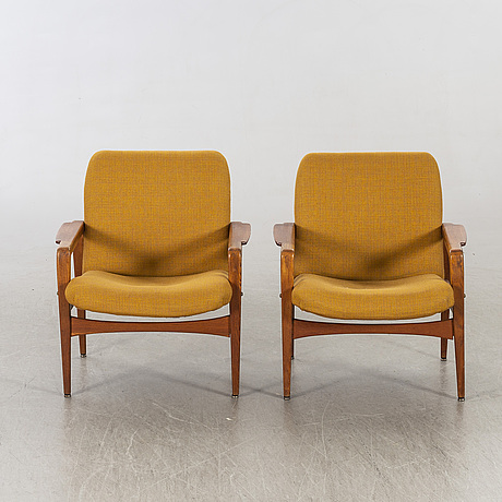 A pair of lounge chairs mid 20th century,