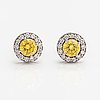A pair of 18k white gold earrings with diamonds ca. 1.07 ct in total.