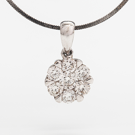 An 18k white gold necklace with diamonds ca. 0.46 ct in total. itd espoo.