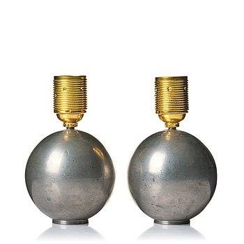 308. Firma Svenskt Tenn, a pair of pewter table lamps, model A 1479, Stockholm 1930.