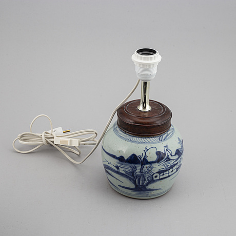 A blue and white jar with cover and one mounted as a lamp, qing dynasty, 19th century.