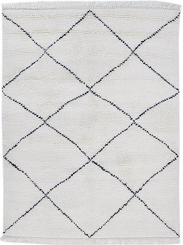 A rug, morocco design, ca 199 x 154 cm.