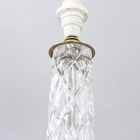 Bordslampor ett par modern tillverkning signerade.