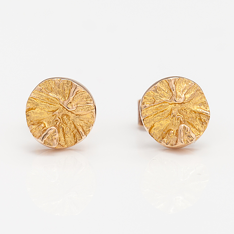 "Björn weckström, a pair of 14k gold earrings ""devil's wheel"". lapponia."