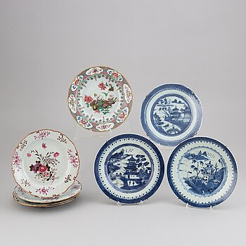 Eight famille rose and blue and white dishes, Qing dynasty, 18th/19th century.
