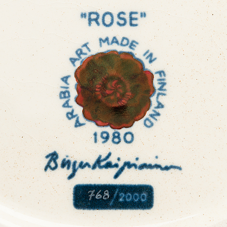 Birger kaipiainen, decorative ceramic plate rose, signed, numbered 768/2000, arabia 1980 made in finland.