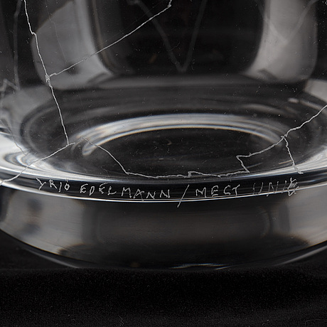 Yrjö edelmann, an unique glass bowl, signed and made year  2000.