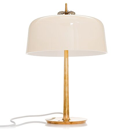 Paavo tynell, a mid-20th-century' 9211' table lamp for taito, finland.