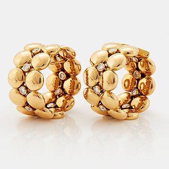 "910. Cartier ""Honeymoon"" a pair of earrings."