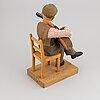 Herman rosell, skulptur, snidat och bemålat trä, signerad och daterad 1950.