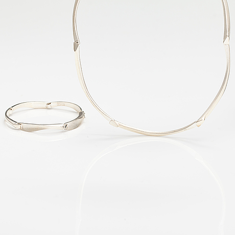 """Zoltan popovits, a stelring silver necklace """"acturus"""" and bracelet """"agena"""". lapponia 2012."""