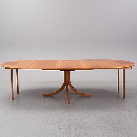 Josef frank, a model 771 mahogany dining table, svenskt tenn.