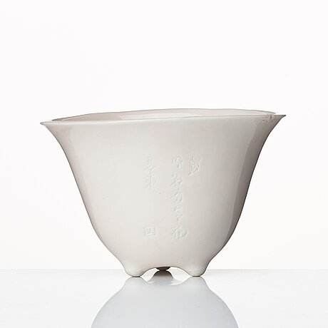 Vinofferbägare, blanc de chine. qingdynastin.
