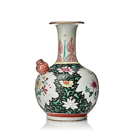 Kendi, porslin. qingdynastin, qianlong (1736-95).