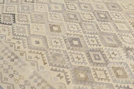 A carpet, kilim, ca 346 x 263 cm.