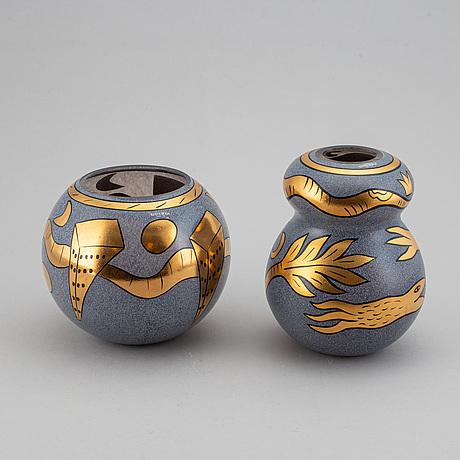 Ulrica hydman-vallien, two glass vases, kosta boda artist collection.