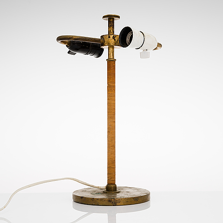 Paavo tynell, a 1930's table lamp for taito.