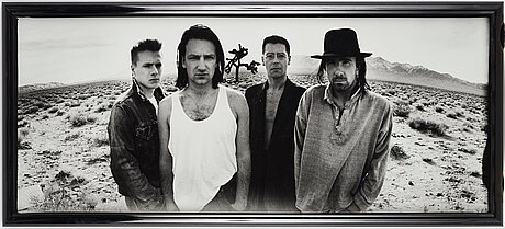 "Anton corbijn, ""u2, death valley"", 1986."