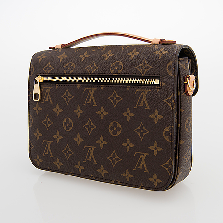 Louis vuitton, a monogram 'pochette metis' bag.