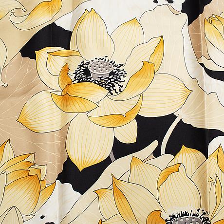 """Hermès, 3 silk scarves 'fleurs de lotus', 'jeune coqs"""" & 'fantasie'."""