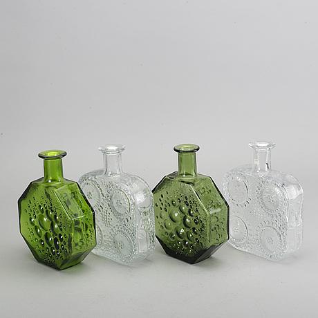 "Nanny still, flaskor, 4 st, glas, ""stella polaris"" samt ""grapponia"", riihimäen lasi finland sent 1900-tal."