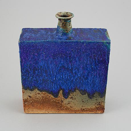 Annikki hovisaari,a ceramic vase, for arabia, signed.