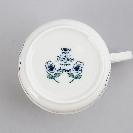 Sylvia leuchovius, a part 'sylvia' porcelain coffee and dinner service, rörstrand (102 pieces).