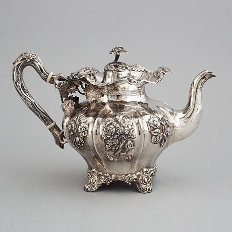 Christopher creutz, tekanna, silver, nyrokoko, stockholm  1864.