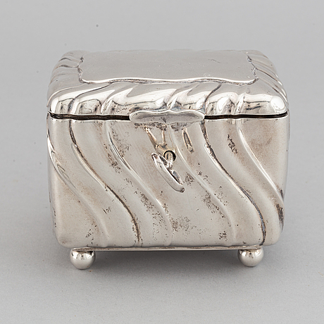 A 20th century parcel-gilt silver sugar-box, swedish import marks from 1919.