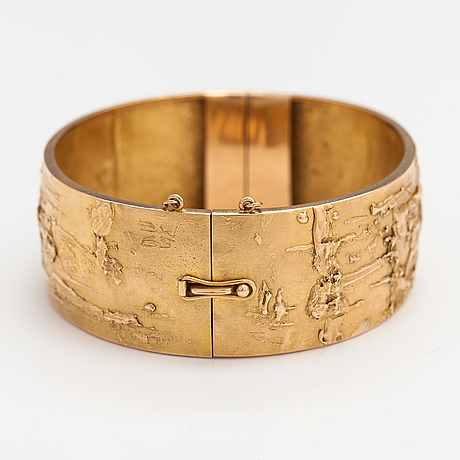 "Björn weckström, a one-of-a-kind 14k gold bracelet ""relief "". lapponia 1965. signed bw 65."