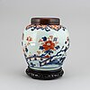 A blue and white and imari export jar, qing dynasty, 18th century.