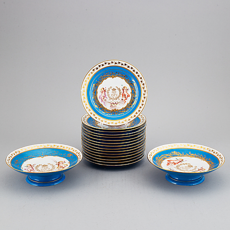 """A set with two porcelain tazzas and 15 plates, france, """"sevrès"""", late 19th century."""