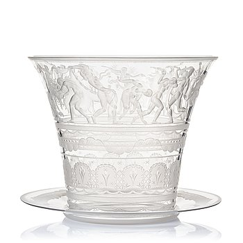 4. Simon Gate, an engraved glass bowl with plate, Orrefors, Sweden 1923, model 122.