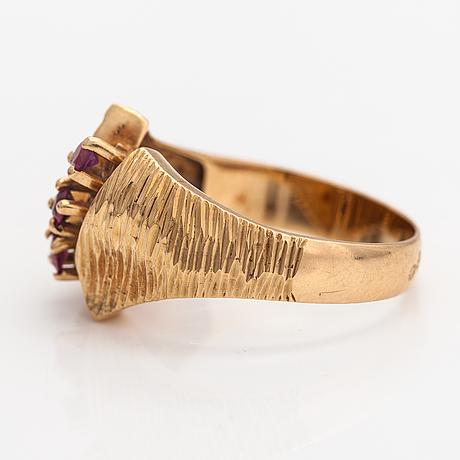 Ring, 14-18k guld, rubiner.