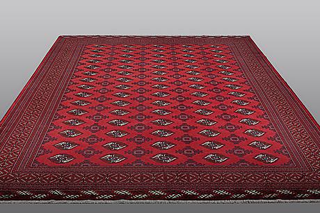 A carpet, oriental, ca                            383 x 308 cm.