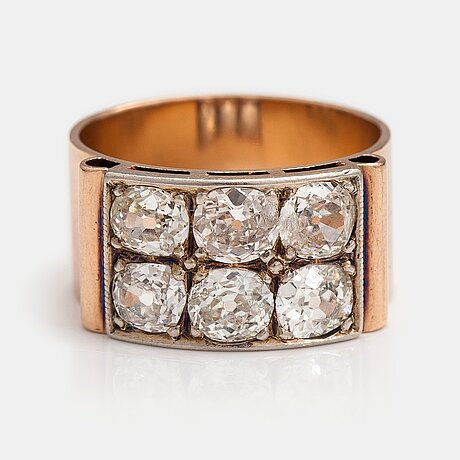 A 14k gold ring with old-cut diamonds ca. 2.50 ct in total. kultakolmio ky, espoo 1951.