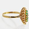 Ring 18k gold emeralds and brilliant-cut diamonds approx 0,15 ct in total.
