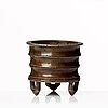 Rökelsekar, brons. qingdynastin med märke i botten.