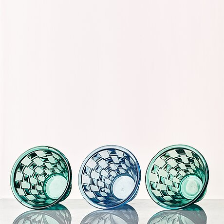 Simon gate, a set of three pressed glass vases, orrefors 1930.