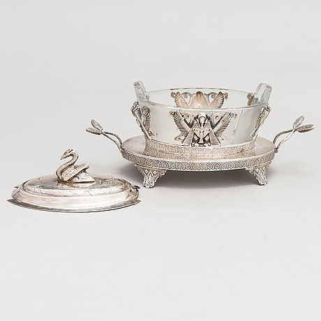 An 'egyptian empire style' caviar bowl c. 1900.