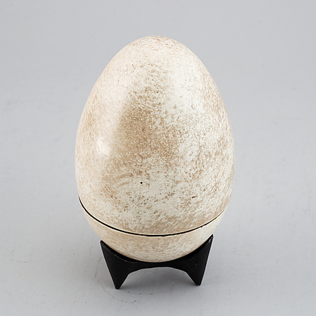Hans hedberg, an 'egg' sculpture, biot, france.