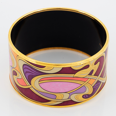 Frey wille, an enamel and gilt metal bangle, 'hommage à alphonse mucha'.