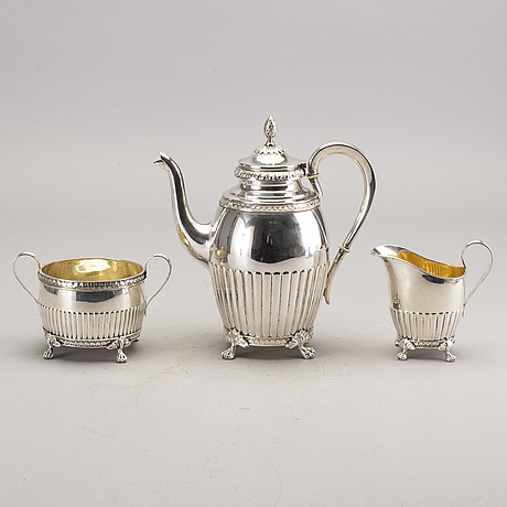 A three pieces coffee set from 1924.