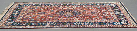 A rug, semi-antique esfahan, ca 213 x 151 cm (as well as 1-2 cm flat weave at one end).