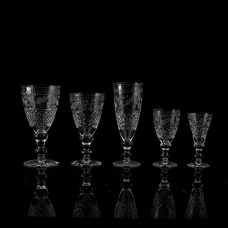 A glass service, 'elvira madigan', kosta. 33 pc.